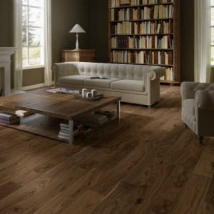 Noble Walnut Satin CAS 1356 | Quick-Step Engineered Wood