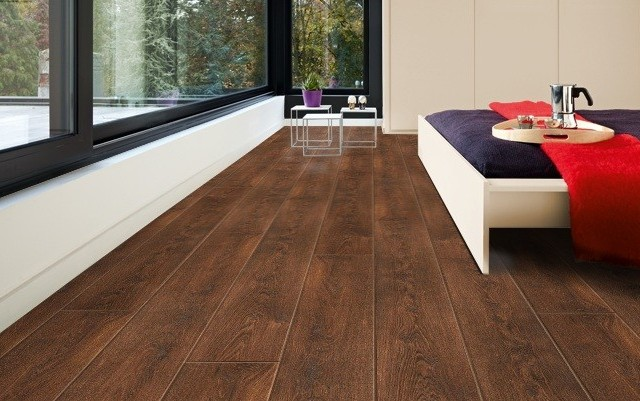 Balterio tradition quattro tasmanian oak 498 9mm for Balterio laminate flooring tradition quattro
