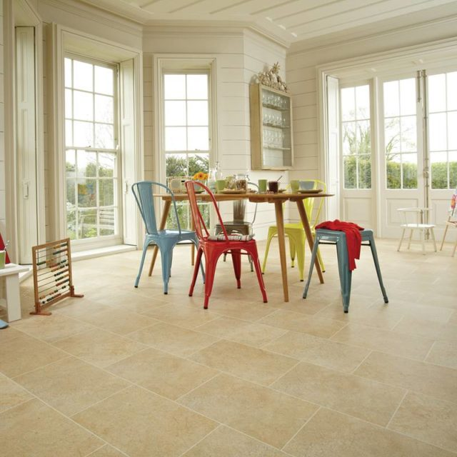 York Stone - Knight Tile   Room View