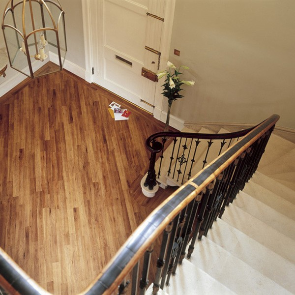 Amtico Hallway | Buying Guide | Best at Flooring