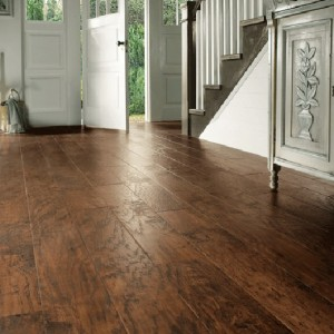 Hickory Nutmeg EW03 | Karndean Luxury Vinyl Tiles