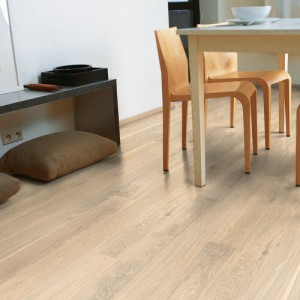 White Washed Oak Matt CAS 1353 | Quick-Step Engineered Wood