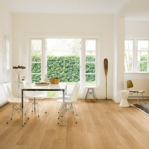 Natural Varnished Oak IM 3106 | Quick-Step Laminate