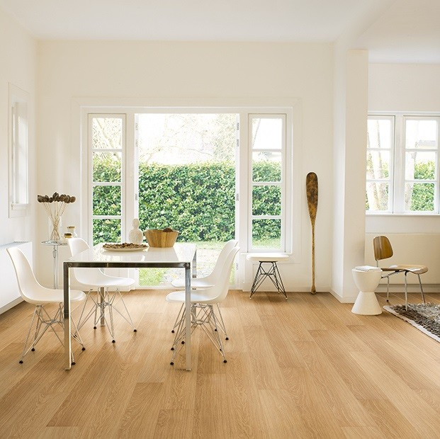 Quick Step Laminate | Impressive | Natural Varnished Oak IM3106