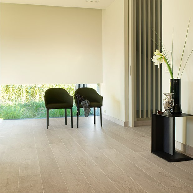 White Vintage Oak Planks LPU 1285 | Quick-Step Laminate