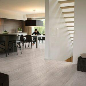 Light Rustic Oak Planks LPU 1396 | Quick-Step Laminate