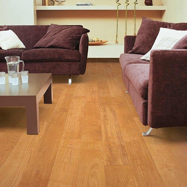 Natural Varnished Cherry Planks UF 864 | Quick-Step Laminate