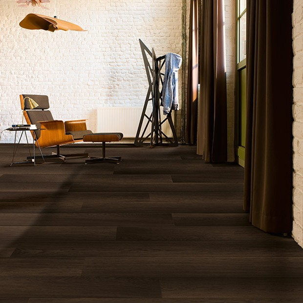 Quick Step Laminate | Perspective Wide | Fumed Oak Dark Planks UFW1540