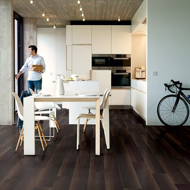 Quick Step Laminate | Perspective | Fumed Oak Dark Planks ULW1540