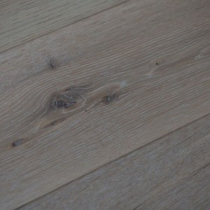 Oak Limehouse White, Hand Finished & Hardwax Oiled UN106