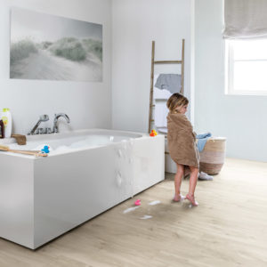 Canyon Oak Beige BACL40038 | Quick-Step Livyn Luxury Vinyl Tiles