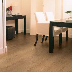 Natural Varnished Oak CLM1291   Quick-Step Laminate