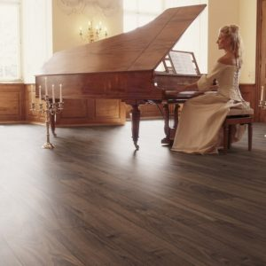 Everest Oak Dark D3076 | Kronotex Laminate