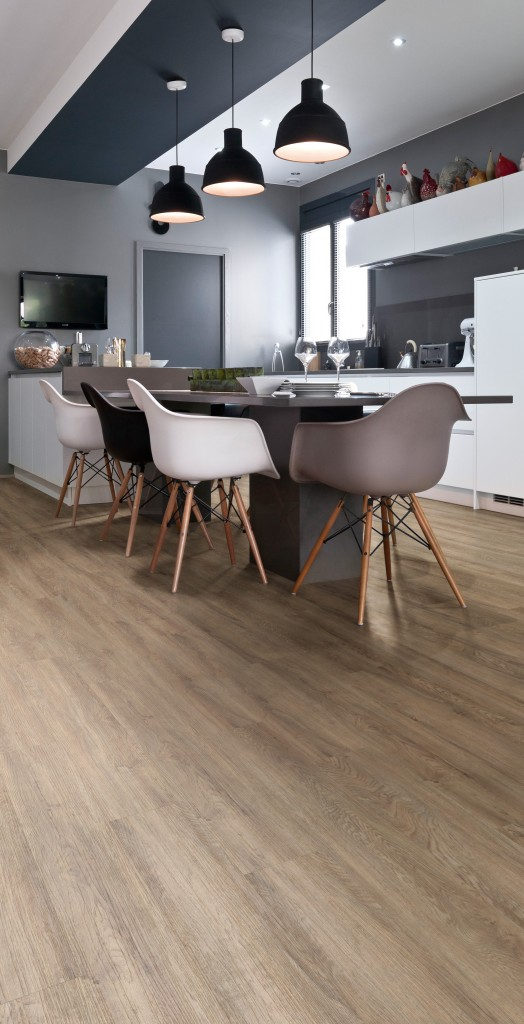 Featured Oak 5735