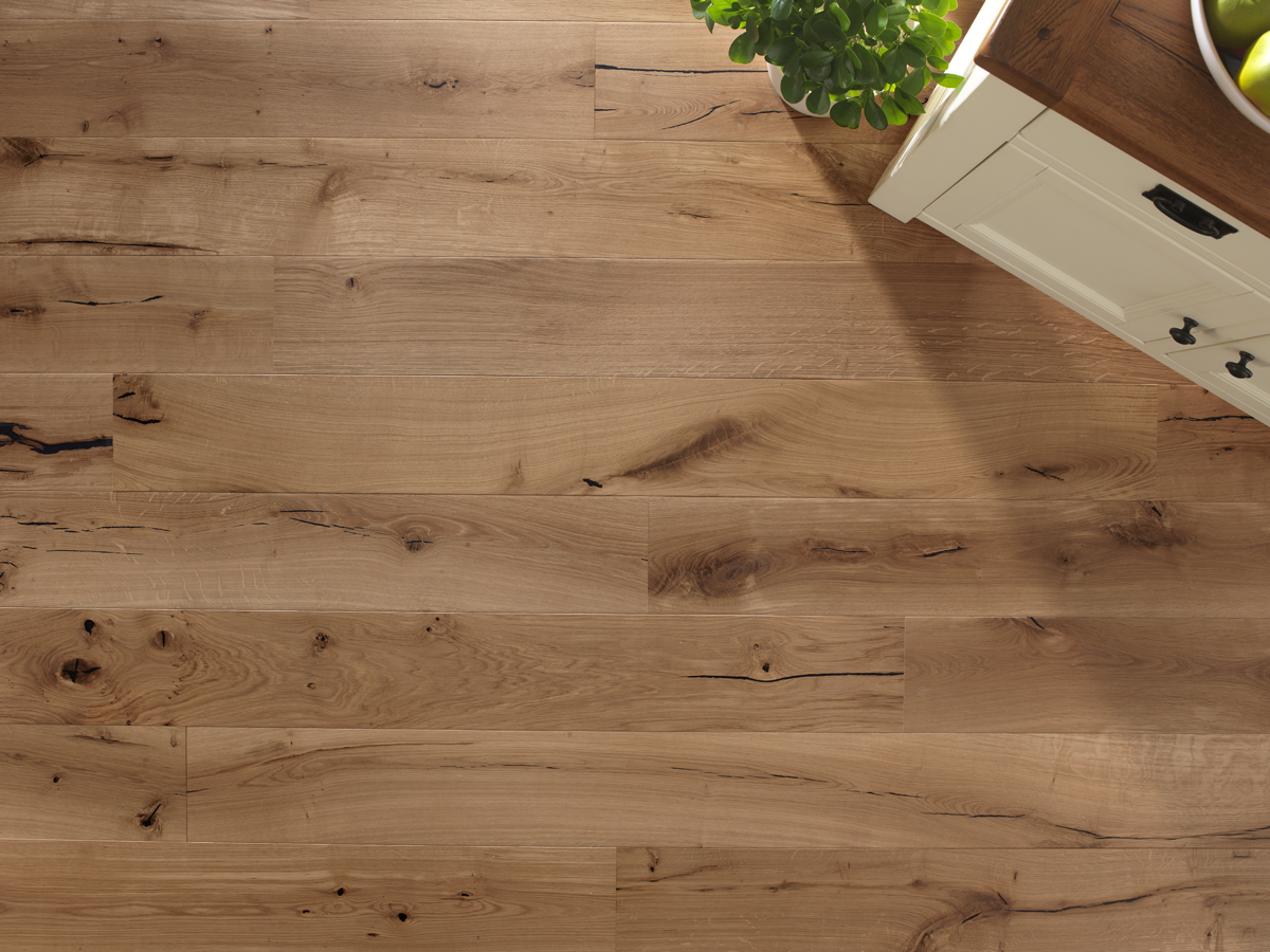 Cheap hardwood flooring choosing the right cheap flooring for Cheap engineered wood flooring