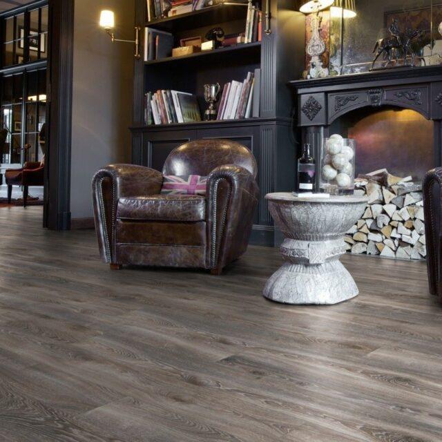 Highland Oak Titan D4796 | Kronotex Mammut Laminate | Best at Flooring