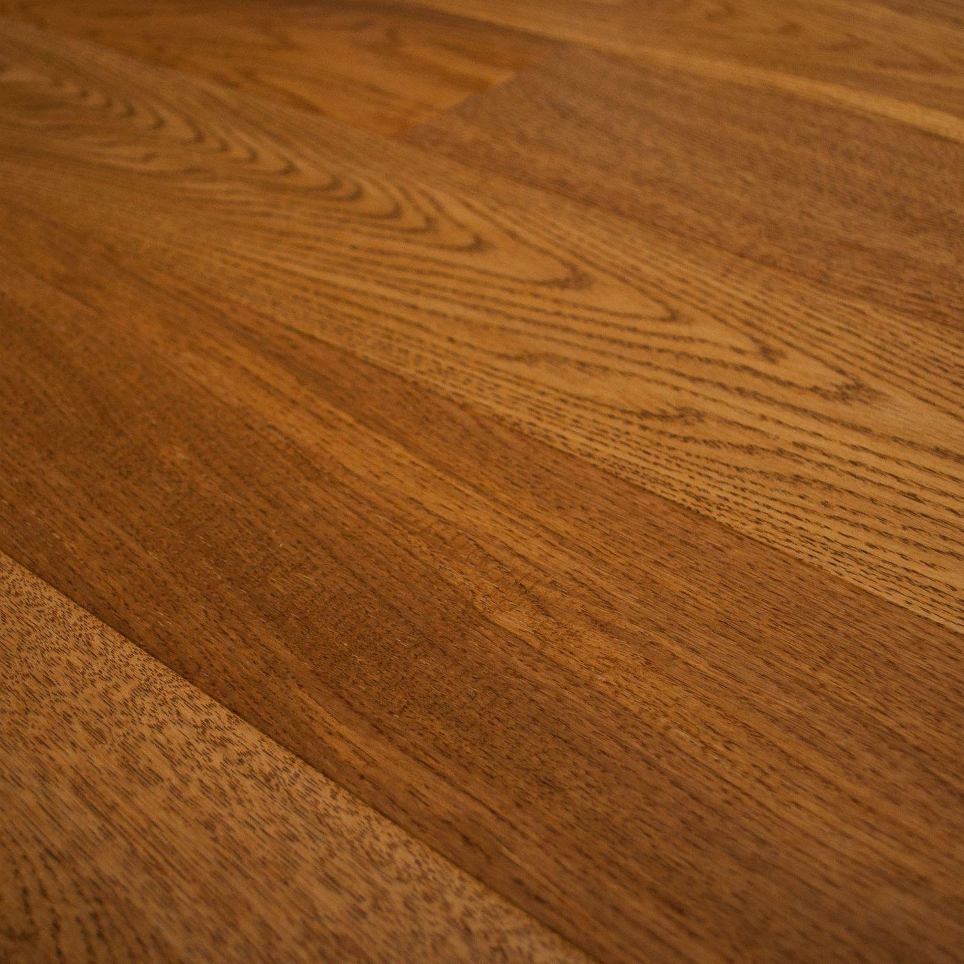 10mm HDF Golden Lacquered & Handscraped Wood Flooring1