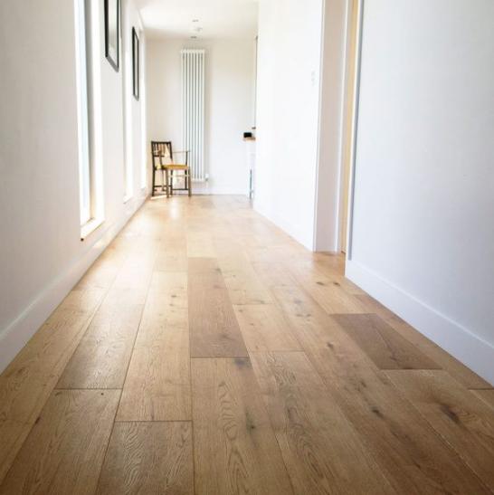 Oak Brushed & Oiled EC103 | V4 Wood Flooring | Best at Flooring