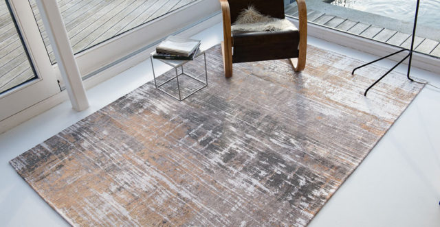 Parsons Powder 8717 | Louis de Poortere Atlantic Streaks Rugs | Best at Flooring