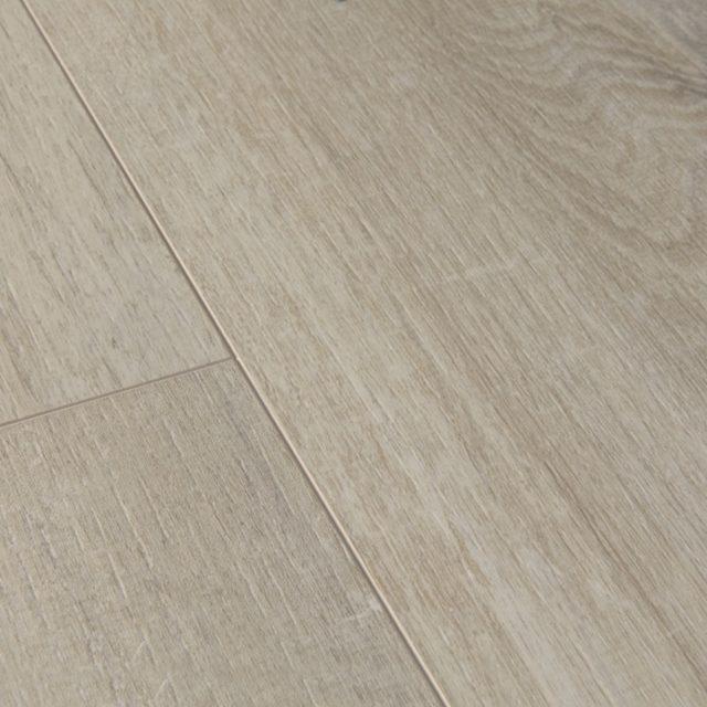 Quick-Step Livyn Pure Cotton Oak Warm Grey PUGP40105 | Upclose