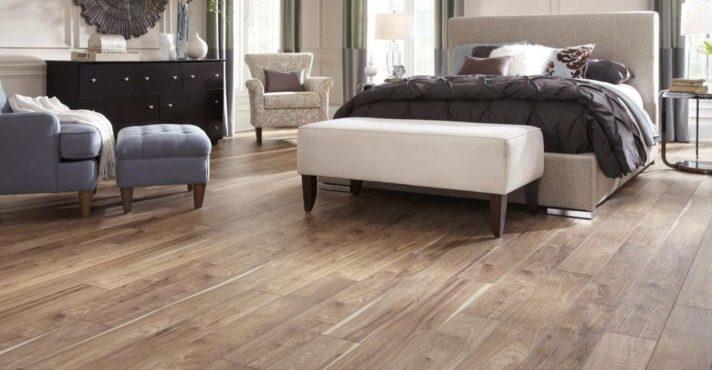 luxury vinyl flooring hero image