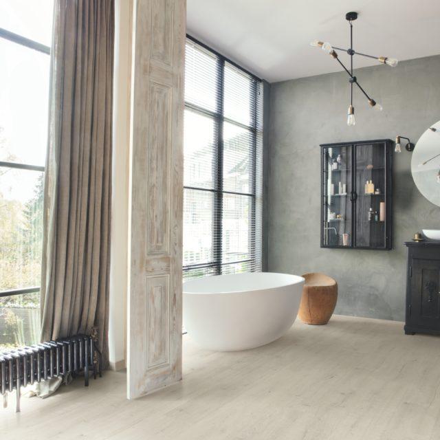 Soft Patina Oak SIG4748   Signature   Quick-Step Laminate Flooring - Bathroom