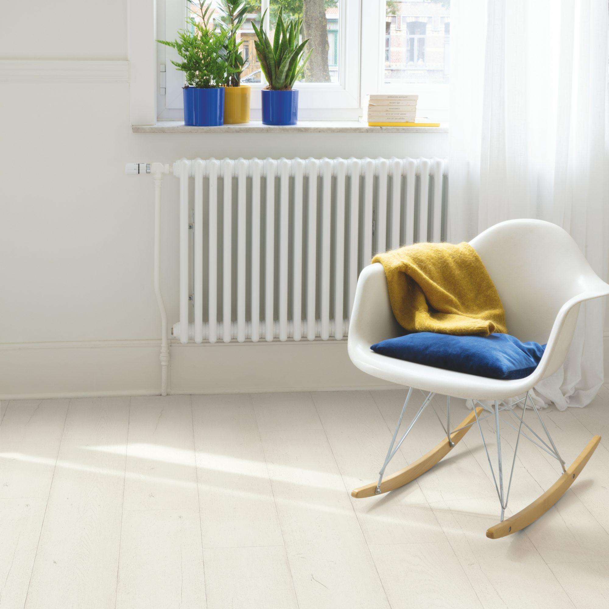 Painted Oak White Sig4753 Signature, White Painted Laminate Flooring