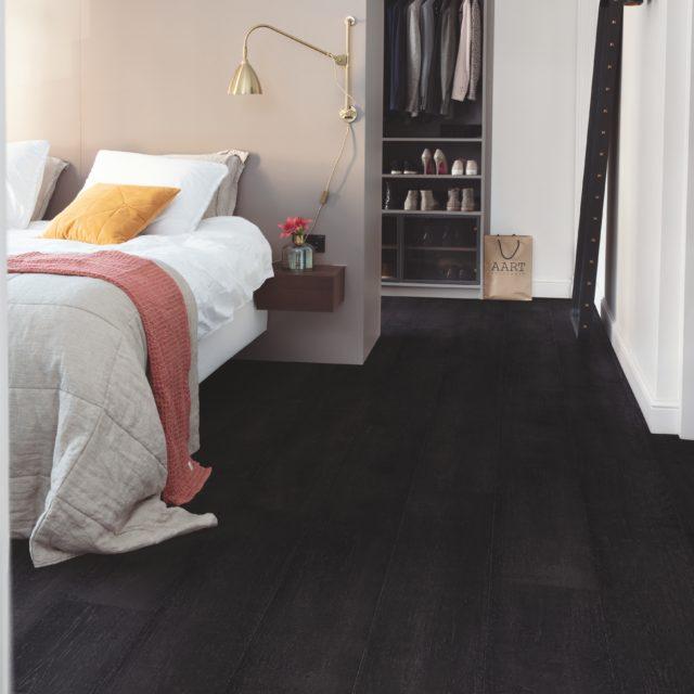 Painted Oak Black SIG4755 | Signature | Quick-Step Laminate Flooring