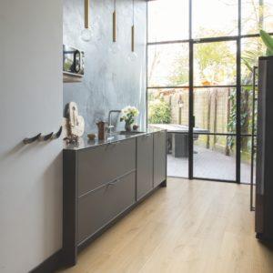 Brushed Oak Natural SIG4763 | Signature | Quick-Step Laminate Flooring