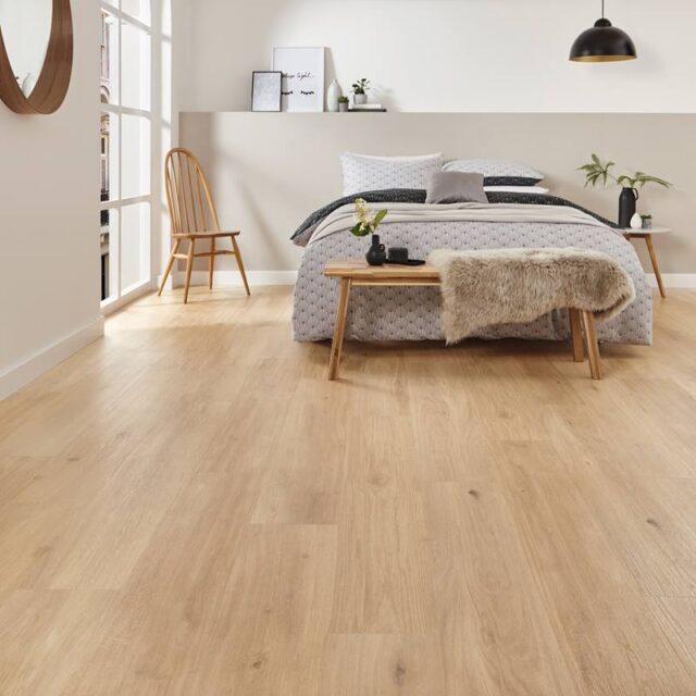 Karndean Korlok Canadian Nude Oak RKP8117 | Best at Flooring