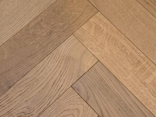 Light Stain Matt Lacquered Herringbone Engineered Wood | Close Up