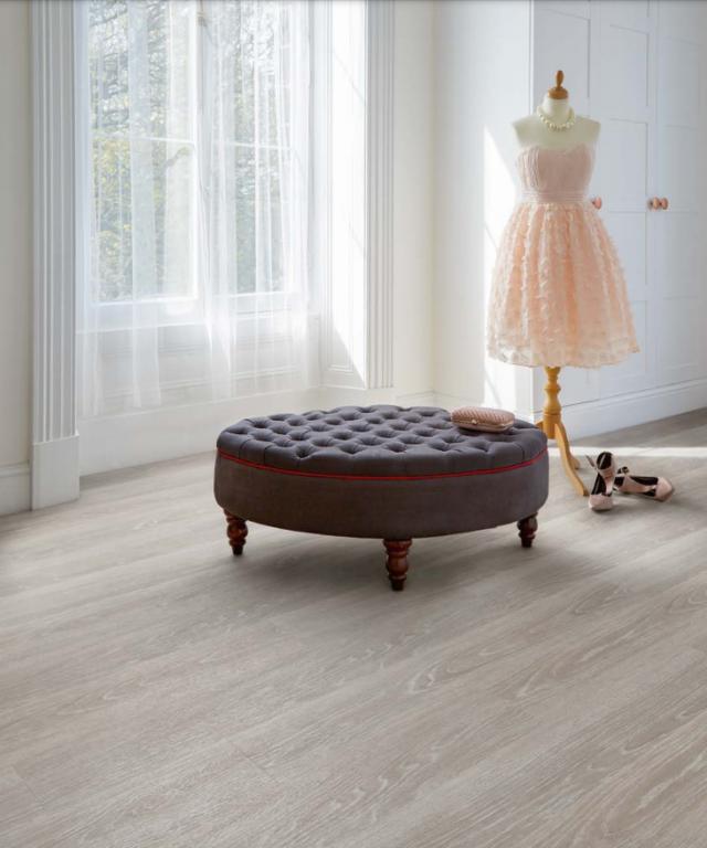 Moorland Oak 9033 | Expona EnCore Rigid Loc | Best at Flooring