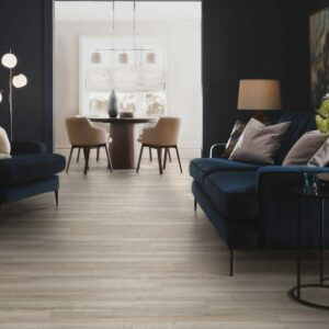 Devonshire Oak 3462 | Polyflor Camaro Loc | Best at Flooring