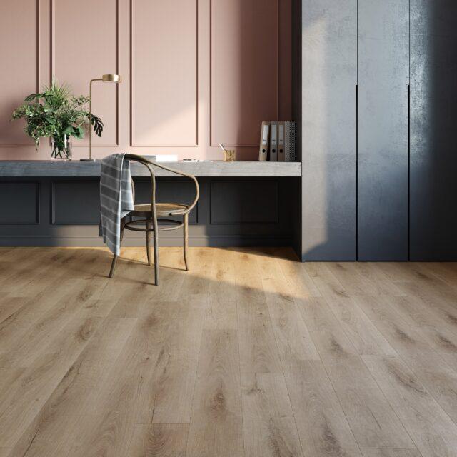 Royal Oak Blonde | Invictus Primus | Home Office