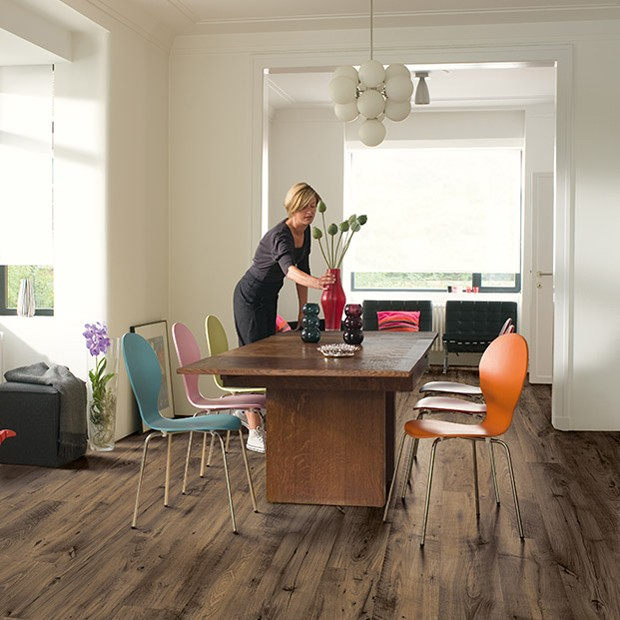 Quick Step laminate | Eligna Wide | Reclaimed Chestnut Brown Planks UW1544