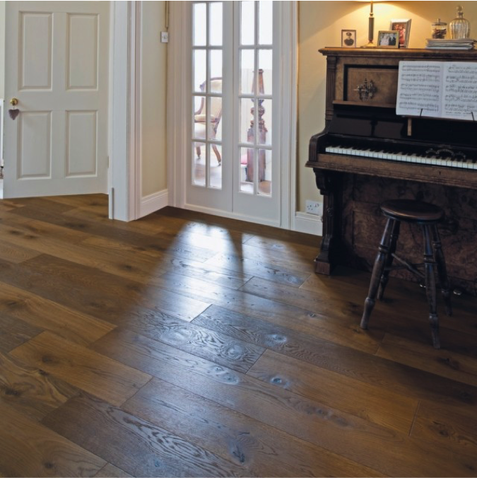 Authentic Wooden Floors with Living Rooms
