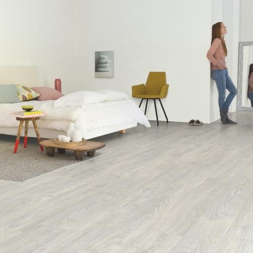 Quick Step Laminate   Impressive Ultra   Patina Classic Oak Grey IMU3560