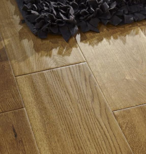 180mm golden handscraped oak   Best at Flooring