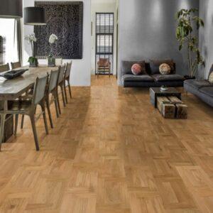 Oak Castello Rovero - Kahrs | Room View