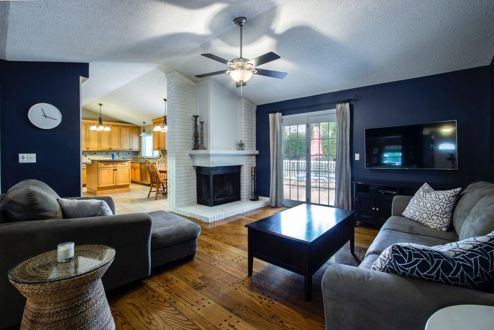 Laminate Flooring | Living Room | Best at Flooring